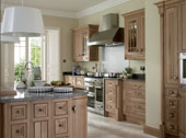 Astor Oak Kitchen Design